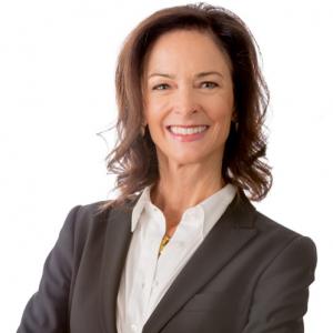 Carolyn Knox